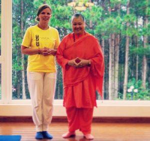 Mit Swami Sitaramananda - student and teacher